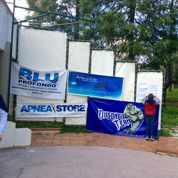 I banner degli sponsor e delle due società maggiormente rappresentate (foto L. Ebreo)
