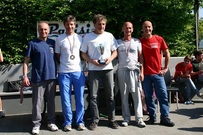 I primi tre classificati (da sx) Migliorati, Rizzi, Mattiotti (Foto F. Pedersoli)