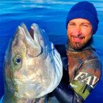 Video Pesca Sub: una Grossa Ricciola Distratta