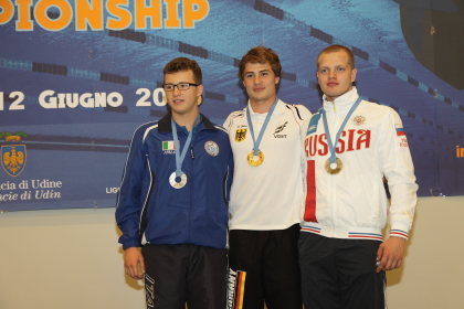 Il podio della gara veloce maschile con l'argento di Kedjevic (foto S. Rubera)