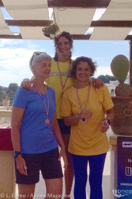 Il podio femminile con la Molinari vincitrice assoluta (foto L. Ebreo - Apnea Magazine)