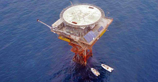 piattaforma squalo 2