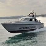 La corrente allontana la barca, pescasub colto da crampi salvato dalla Gdf